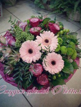 Букет из гербер и роз