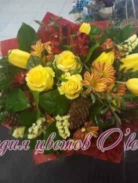Букет из розы и тюльпанов