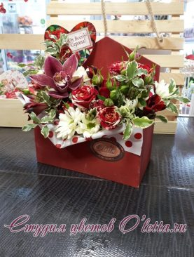 Цветочное письмо с орхидеей и розой