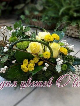 Стильная корзина с цветами